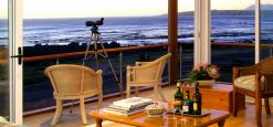 138 Marine Beachfront Guesthouse, Hermanus, South Africa