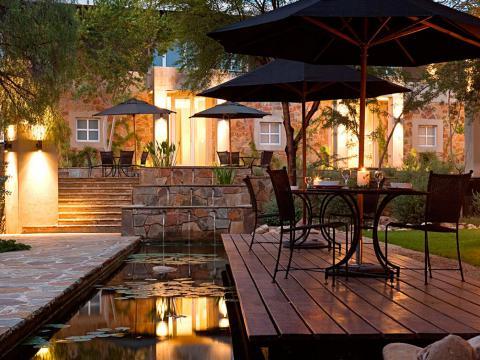 The Village Courtyard Suites, Windhoek, Namibië